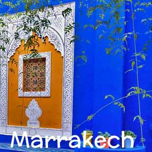 Hotel, riad e piccole strutture di charme a Marrakech, cuore pulsante del Marocco del Sud. Potrai scegliere di soggiornare nella vivacità della Medina, nella modernità del centro oppure nella tranquillità della Palmeraie e vicino ai campi da golf.