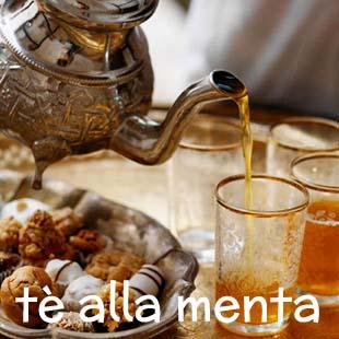 In Marocco il tè è più che una bevanda; rappresenta un rito sociale al quale ci si abbandona con piacere. Ecco tutti i segreti per prepararlo in modo tradizionale, leggero e con un sapore deciso.